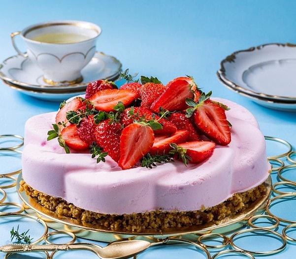 עוגת גלידת פירות יער
