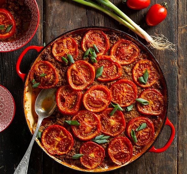 מוסקת עגבניות